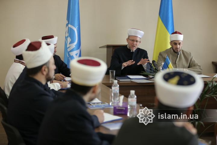 Ефективність принципу «шура» у вирішенні актуальних питань шаріату: чергове засідання Ради з фатв і досліджень ДУМУ «Умма»