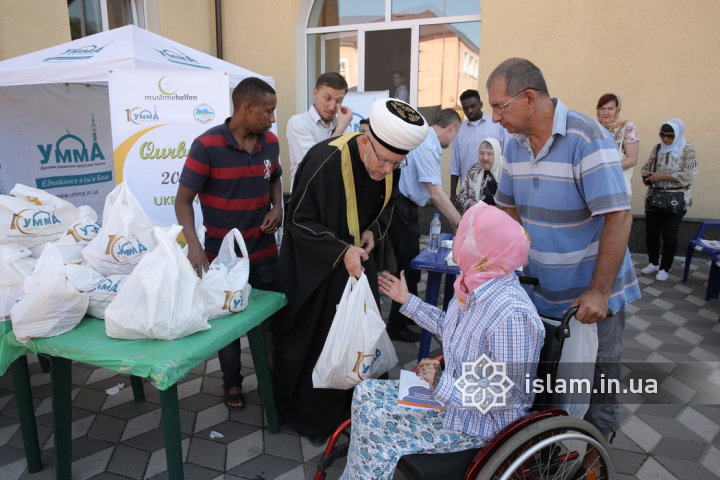 Almost 12 Tons of Meat Distributed on Eid al-Adha by Alraid Islamic Centres