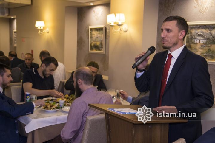 В ІКЦ Києва молилися та розговлялися іноземні дипломати та представники діаспор