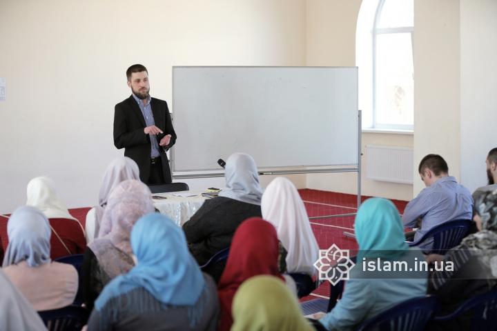 Головним для відродження в Україні ісламської умми є людський ресурс