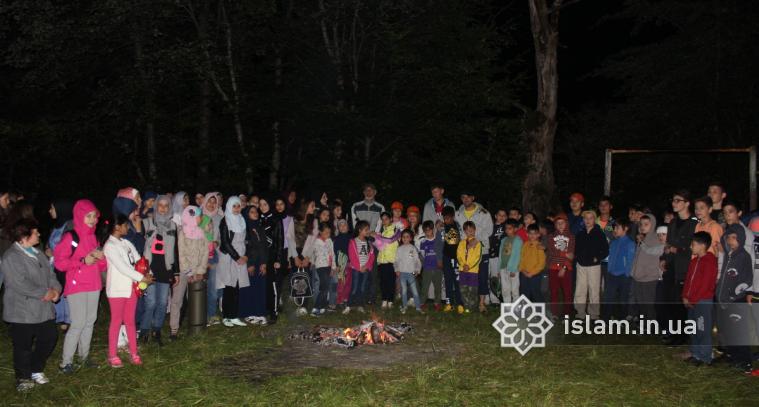 Яскраві враження і насичений відпочинок юних українських мусульман в Яремче