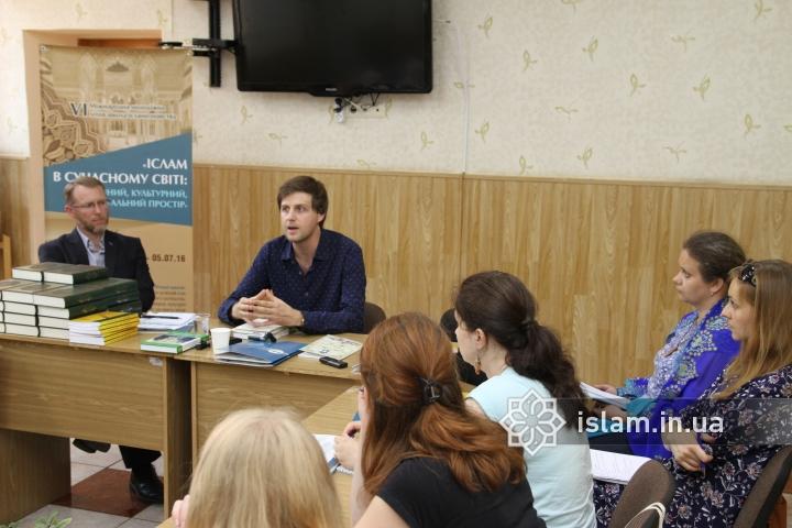 VI Международная исламоведческая школа начала свою работу