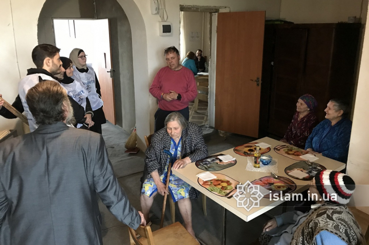 "When Attention is as Needed as Presents: ""Maryam"" Activists Visit Hospice in Skybyn"
