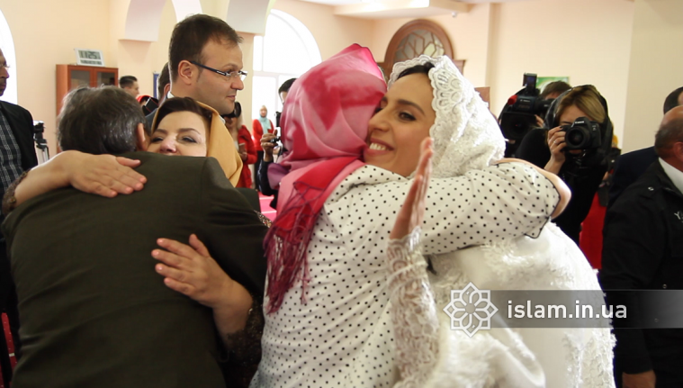 Jamala is Married! Ceremony of nikah took place in Mosque of Kyiv Islamic Cultural Center