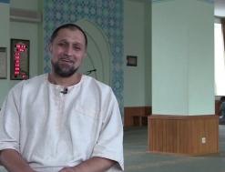 Ukraynalı Alexander'in Müslüman Olma Hikayesi | Batıdan Doğan İslam Güneşi
