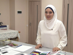 Ukrainian Designer Creates Stylish Dresses for Muslim Women