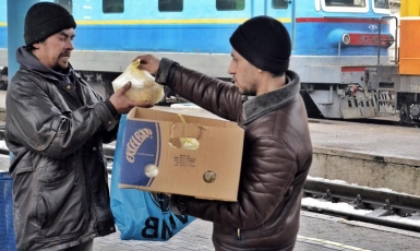 Hot Meals for the Homeless: a Benefit in Zaporizhzhia