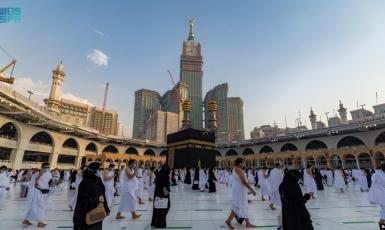 Хадж дозволили тільки 60 тисячам прочан, хоча тисячі саудівських туристів подорожують світом і вертаються на батьківщину без перешкод