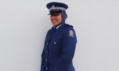 ©ВВС: Поліція Нової Зеландії сподівається, що запровадження хіджабу як елеименту форми  спонукає до служби  більше мусульманських жінок