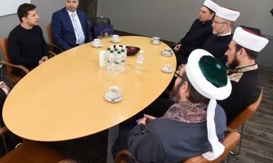New-elected President of Ukraine Met with Muslim Leaders