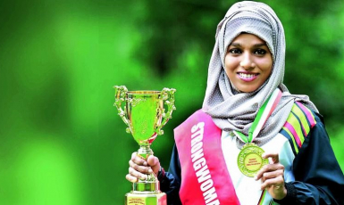 Мусульманка стала чемпіонкою у трьох видах спорту