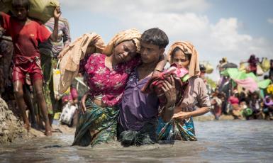 ©ООН/К. М. Асад: Рохинья, пережившие неимоверные страдания в Мьянме, нашли приют в лагере Кокс-Базар в Бангладеш