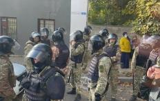 У Криму затримали понад двадцять осіб, серед них — адвокат Семедляєв