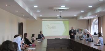 Центр иностранных языков Salam поздравляет своих студентов