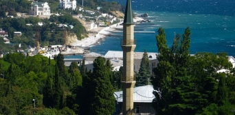 У Феодосії окупанти зводять церкву на місці мечеті Джума-Джамі