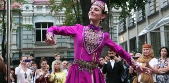 У Міжнародний день корінних народів світу провели кримськотатарський вечір