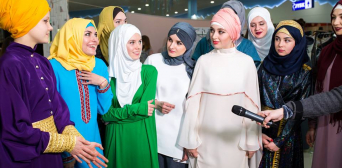 Muslim Collection Celebrated at Kyiv Fashion Festival