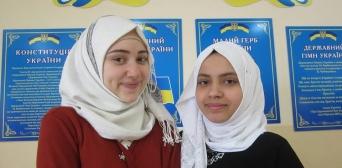Сюзанна Абдалла і Ясміна Шан — серед призерів Всеукраїнського конкурсу науково-дослідницьких робіт учнів
