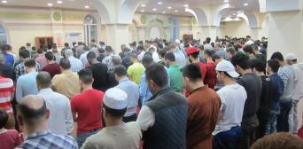 Багато мусульман не залишають мечеть в останні десять ночей Рамадану