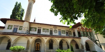 Оккупанты национализировали Бахчисарайский дворец