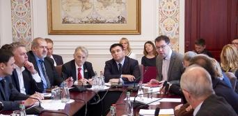 Представники органів державної влади, правозахисники та кримські активісти обмінялися думками щодо законодавчих ініціатив у сфері захисту прав політв'язнів.