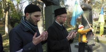 Дуа в память о крымскотатарском герое Амет-Хане Султане звучало в украинской столице