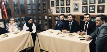 Українські та кримськотатарські активісти знайшли підтримку в Туреччині