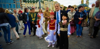 «Крымский дом объединяет сердца»: крымские татары отметили День независимости Украины