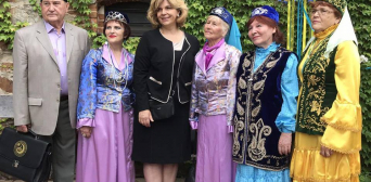 Мусульманские наряды на этно-фэшн-шоу «Аристократическая Украина»