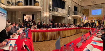 Перспективи створення Кримськотатарської національної автономії в складі України: міжнаціональний форум у Херсоні