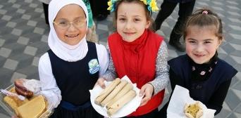 Учні гімназії «Наше майбутнє» провели традиційний весняний ярмарок