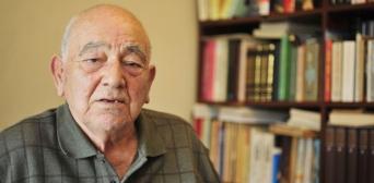 Скончался всемирно известный турецкий историк крымскотатарского происхождения Кемаль Карпат. Allah rahmet eylesin