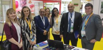©East-Fruit: Українське ТОВ «Нікдарія» (TM iBerry) і Farzana Trading з ОАЕ на виставці WOP Dubai 2019 підписали угоду про регулярні авіапоставки української лохини