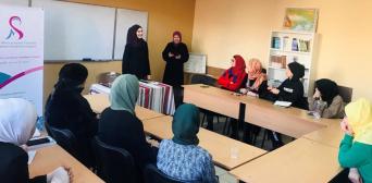 Во Львове магистр шариатского права шейха Анастасия Радовелюк провела семинар для сестер по вере