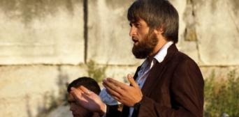 Кримський «суд» залишив у силі покарання чоловіку, який оповістив з мінарету про обшуки кримських татар