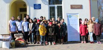 Львівські мусульманки привезли подарунки підопічним дитбудинку у Самбірському районі