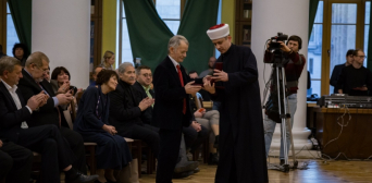 "Mustafa Dzhemilev Awarded With Medal ""For Devotion to Islam and Ukraine"""