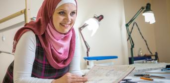 Путем обучения хотим вести межкультурный диалог: дизайнер мусульманской одежды открывает собственную Школу дизайна