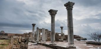 ЮНЕСКО приняло резолюцию о защите культурного наследия — спасет ли это от разграбления исторических памятников и музеев Крыма?