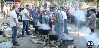 Курбан-байрам на Донечинні відсвяткували встановленням кримськотатарського прапору на передовій