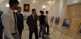 В Объединенных Арабских Эмиратах состоялось открытие фотовыставки «Революция достоинства»