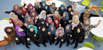 В Англії в одній зі шкіл хіджаб стане офіційною шкільною формою