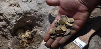 ©️Live Science: Найден клад золотых монет эпохи Аббасидов