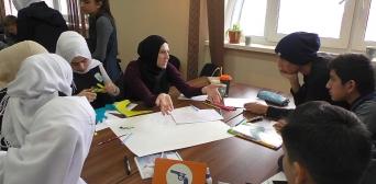 """В київській гімназії """"Наше майбутнє"""" учні шукали шляхи подолання проблем  людства"""