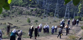 Meskhetian Turks, fleeing Ukraine War, Migrate to Turkey