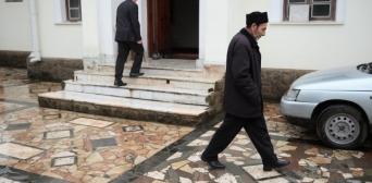 Putin 'rehabilitates' Crimea's Tatars
