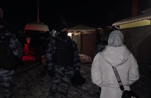 Mass armed searches for 'prohibited books' and arrests in Russian-occupied Crimea